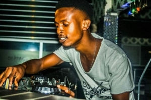 Dj Ngk - Afro Tech vs Afro House 2k Appreciation Mix